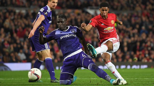 Kết quả tứ kết lượt về Europa League: Manchester United 2-1 Anderlecht , Schalke 3-2 Ajax - Ảnh 1.