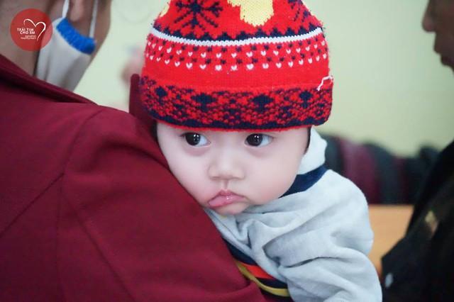 Trái tim cho em: 1500 em nhỏ tham gia khám sàng lọc tim bẩm sinh tại Huế - Ảnh 5.