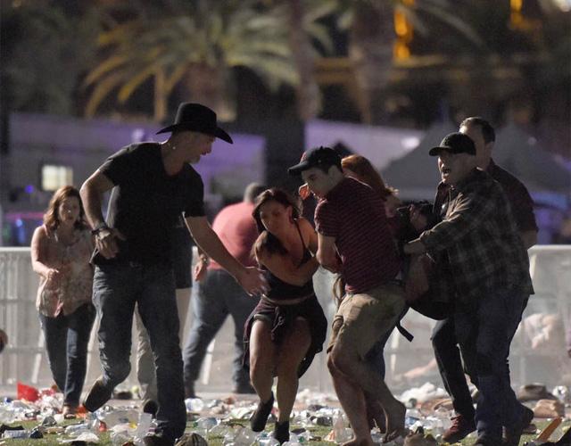 Những vụ xả súng đẫm máu nhất trong lịch sử nước Mỹ - Ảnh 1.