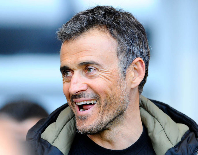 HLV Luis Enrique khuyên trò cũ chia tay Barcelona tới Inter - Ảnh 1.