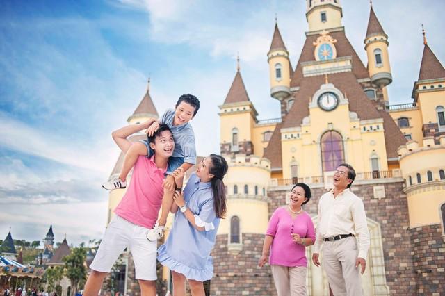 """Đến Nha Trang trải nghiệm """"Disneyland phiên bản Việt"""" - Ảnh 2."""