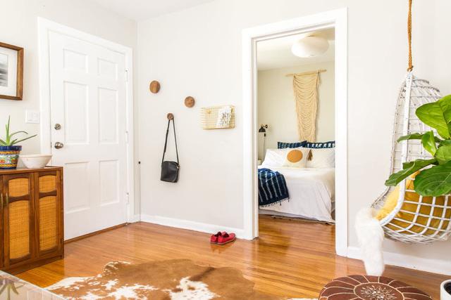 Ngắm căn nhà hơn 74m2 mang gam màu trang nhã, đầy tinh tế - Ảnh 3.