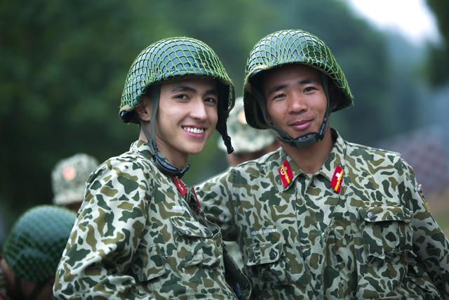 Sao nhập ngũ: Những hình ảnh siêu dễ thương của các lính mới - Ảnh 5.
