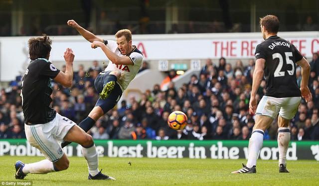 Tottenham 4-0 West Brom: Harry Kane lập hattrick, Tottenham tạm chiếm ngôi nhì bảng - Ảnh 2.