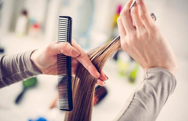 Những mẹo đơn giản để tóc bạn mọc nhanh hơn - Ảnh 1.