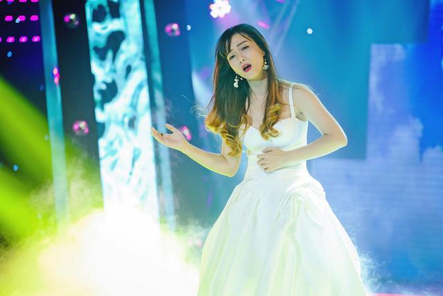 Thanh Thảo lãng mạn và bùng nổ trong minishow Âm nhạc và Bước nhảy - Ảnh 7.