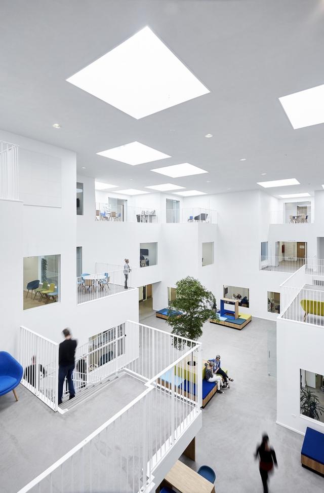 Không gian ấn tượng của trường đại học ở Đan Mạch - Ảnh 4.