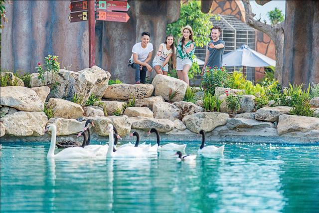 """Đến Nha Trang trải nghiệm """"Disneyland phiên bản Việt"""" - Ảnh 3."""