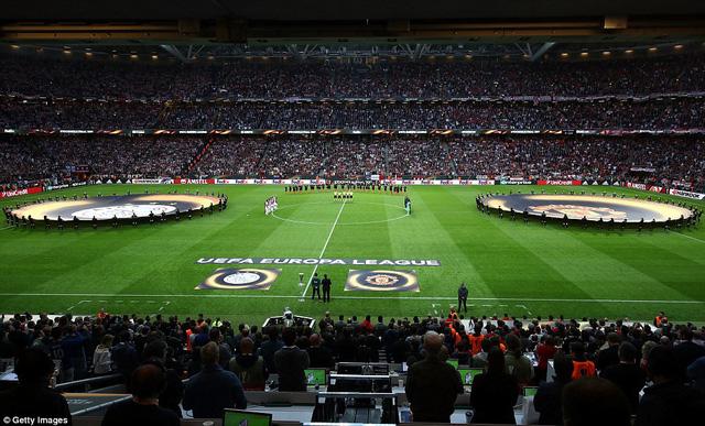 Ảnh: Man Utd đánh bại Ajax trong trận chung kết Europa League 2017 để đăng quang ngôi vô địch - Ảnh 1.