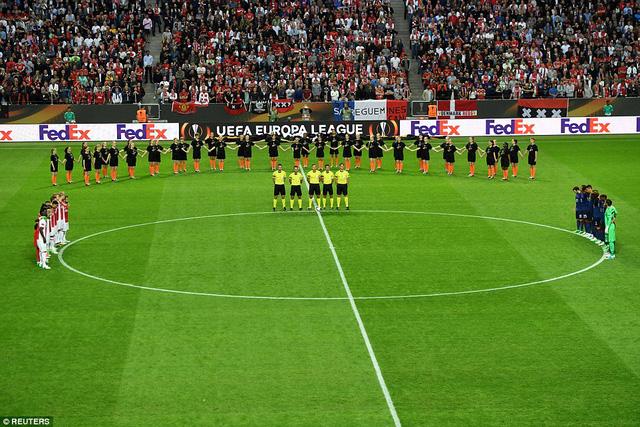 Ảnh: Man Utd đánh bại Ajax trong trận chung kết Europa League 2017 để đăng quang ngôi vô địch - Ảnh 3.
