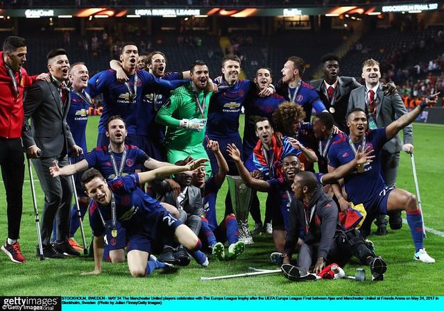 Ảnh: Man Utd đánh bại Ajax trong trận chung kết Europa League 2017 để đăng quang ngôi vô địch - Ảnh 15.
