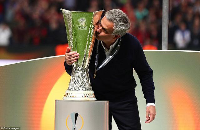 Ảnh: Man Utd đánh bại Ajax trong trận chung kết Europa League 2017 để đăng quang ngôi vô địch - Ảnh 13.