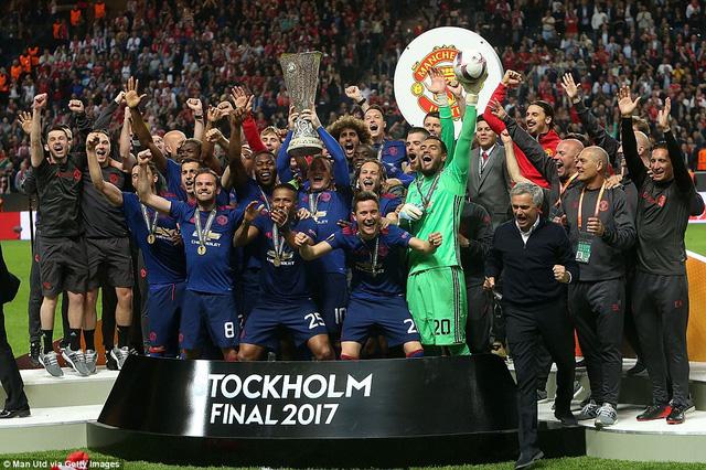 Ảnh: Man Utd đánh bại Ajax trong trận chung kết Europa League 2017 để đăng quang ngôi vô địch - Ảnh 14.