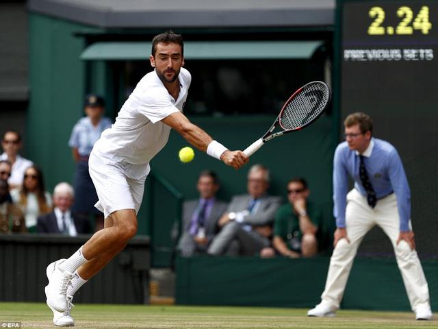 Ảnh: Những khoảnh khắc ấn tượng trong trận chung kết Wimbledon của Roger Federer - Ảnh 8.