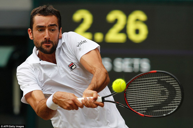 Ảnh: Những khoảnh khắc ấn tượng trong trận chung kết Wimbledon của Roger Federer - Ảnh 9.