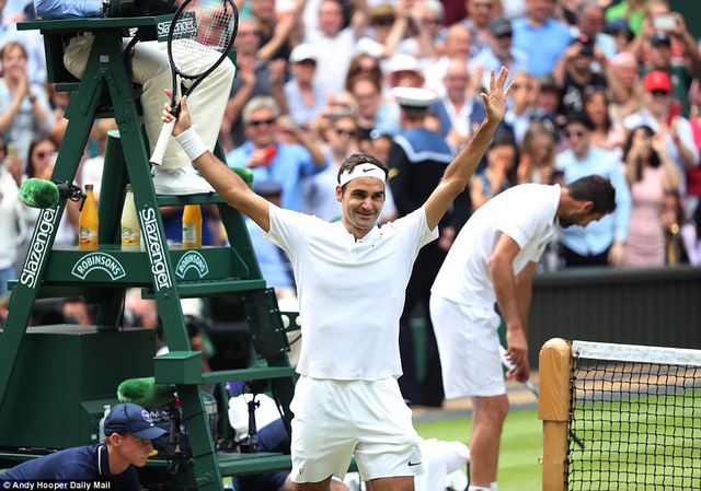 Ảnh: Những khoảnh khắc ấn tượng trong trận chung kết Wimbledon của Roger Federer - Ảnh 14.