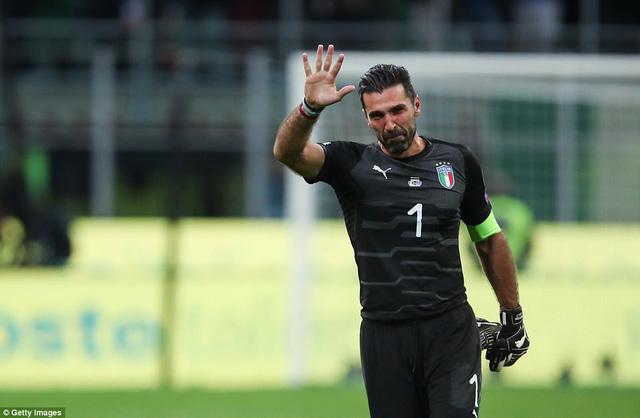 Italia ngồi nhà xem World Cup 2018: Khi đàn ông cũng phải khóc! - Ảnh 2.