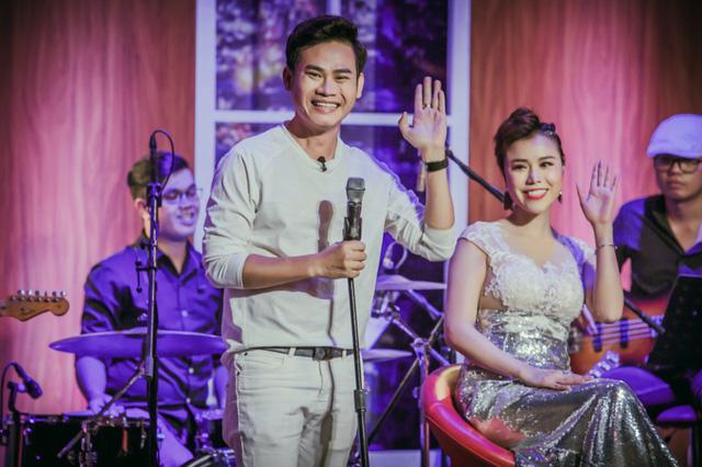 Đêm tiệc cùng sao lên sóng, Xuân Bắc ca hát trong Ban nhạc Việt - Ảnh 2.