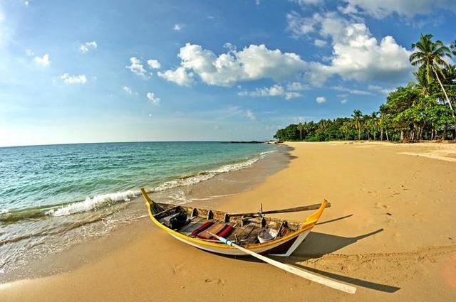 Những bãi biển đẹp mê hoặc ẩn mình ở nơi ít người biết - Ảnh 4.