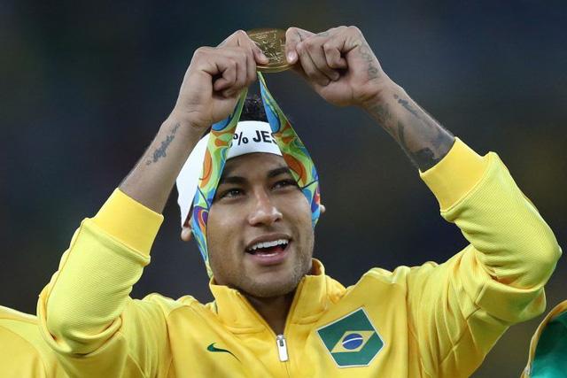Neymar gây sốc tại danh sách 100 người quyền lực nhất thế giới - Ảnh 1.
