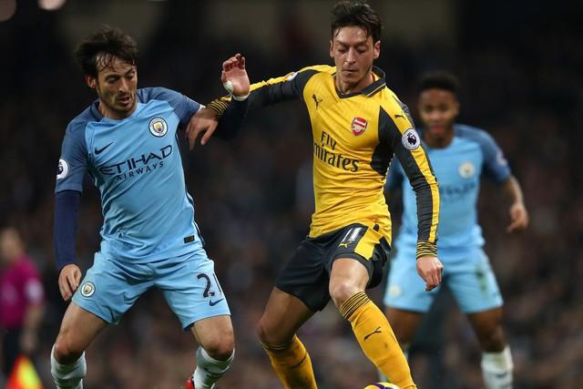 Lịch trực tiếp bóng đá Ngoại hạng Anh vòng 11: Man Utd đối đầu Chelsea, Man City chạm trán Arsenal - Ảnh 1.