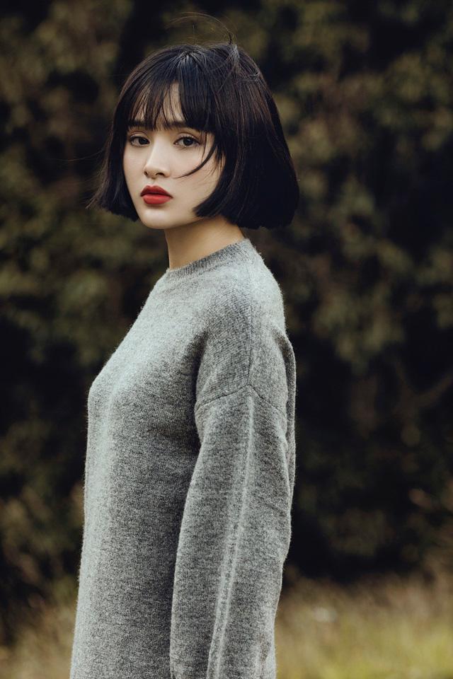 Không ầm ĩ, MV Em ngày xưa khác rồi của Hiền Hồ vẫn cán mốc 1 triệu view - Ảnh 1.