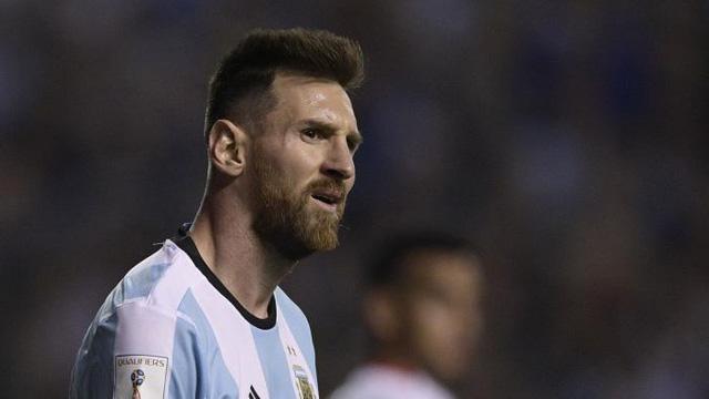 Ronaldo, Messi lọt đội hình 11 siêu sao nguy cơ phải xem World Cup 2018 qua TV - Ảnh 4.