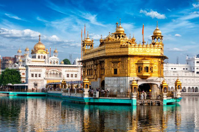 Chiêm ngưỡng những ngôi đền có kiến trúc ấn tượng trên thế giới - ảnh 4