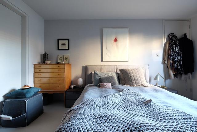 Những điểm nhấn xóa tan nét ảm đạm cho căn hộ màu xám - Ảnh 8.