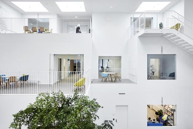 Không gian ấn tượng của trường đại học ở Đan Mạch - Ảnh 8.