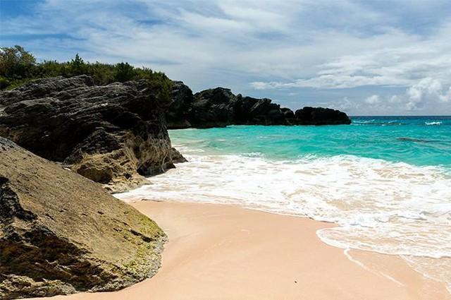 Tròn mắt trước những bãi biển có màu cát lạ ảo diệu - Ảnh 7.