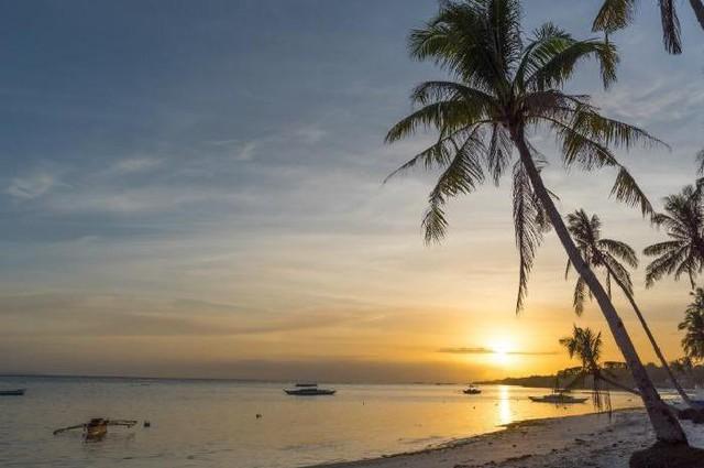 Những bãi biển đẹp mê hoặc ẩn mình ở nơi ít người biết - Ảnh 6.