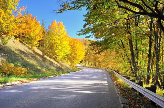 Những điểm du lịch không thể bỏ qua vào mùa thu - Ảnh 4.