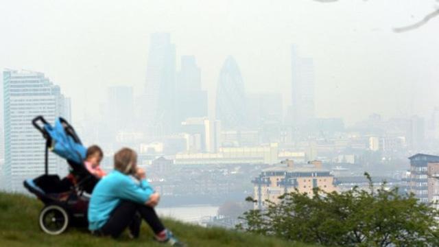 85% người dân thành thị châu Âu phải hít thở bầu không khí ô nhiễm - Ảnh 2.