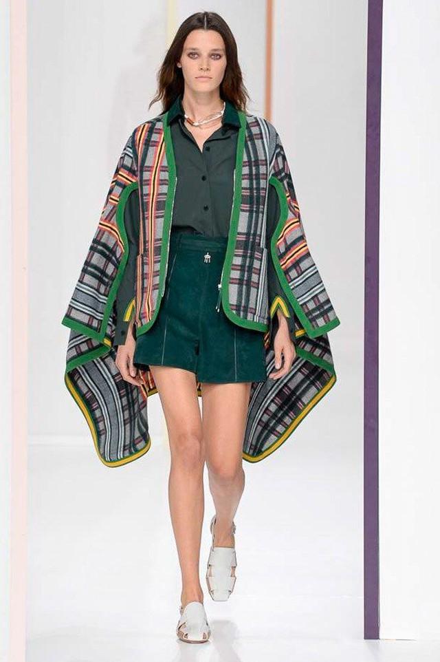Thí sinh vồ ếch năm nào của Americas Next Top Model nay đầy quyến rũ ở Tuần lễ thời trang - Ảnh 13.