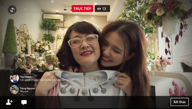 Ghét thì yêu thôi - Tập 19: Mẹ con bà Diễm ngập tràn hạnh phúc cùng livestream sau sóng gió - Ảnh 4.