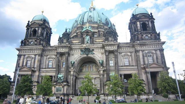 Khám phá 10 thành phố du lịch giá cả phải chăng nhất châu Âu - Ảnh 5.