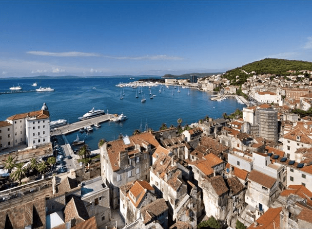 Khám phá 10 thành phố du lịch giá cả phải chăng nhất châu Âu - Ảnh 9.