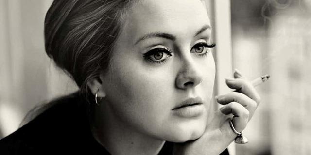 Những khoảnh khắc xấu hổ nhất của Adele mỗi khi nhìn lại - Ảnh 1.