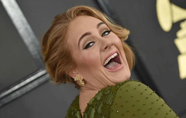 Những khoảnh khắc xấu hổ nhất của Adele mỗi khi nhìn lại - Ảnh 5.