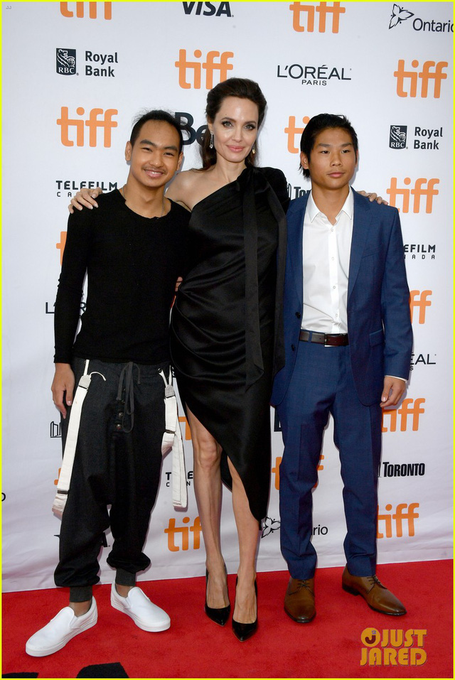 Con trai người Việt của Angelina Jolie lớn bất ngờ - Ảnh 1.