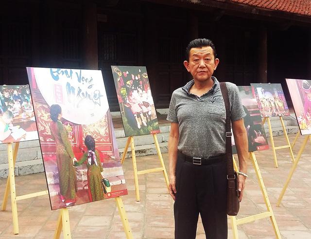 Triển lãm ảnh Thu Vọng Nguyệt thu hút khách du lịch nước ngoài - Ảnh 4.