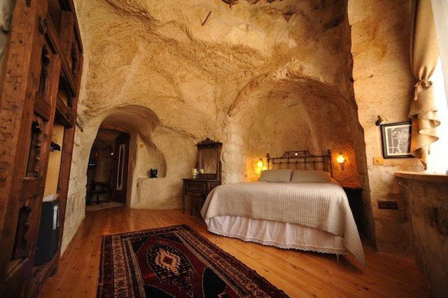 Những khách sạn hang đá độc đáo ở Thổ Nhĩ Kỳ - Ảnh 1.