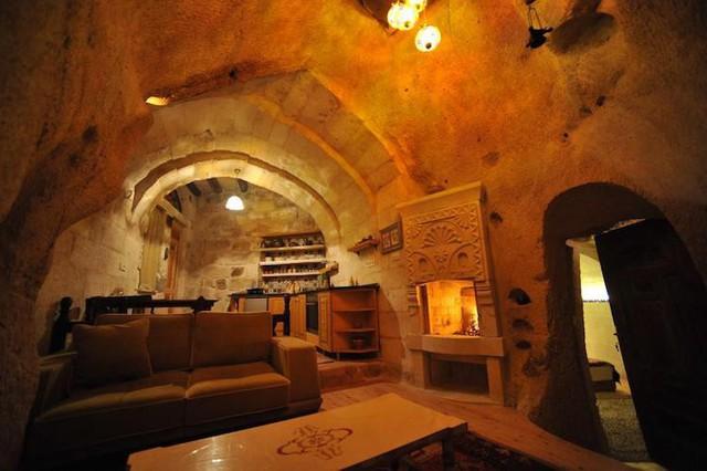Những khách sạn hang đá độc đáo ở Thổ Nhĩ Kỳ - Ảnh 4.