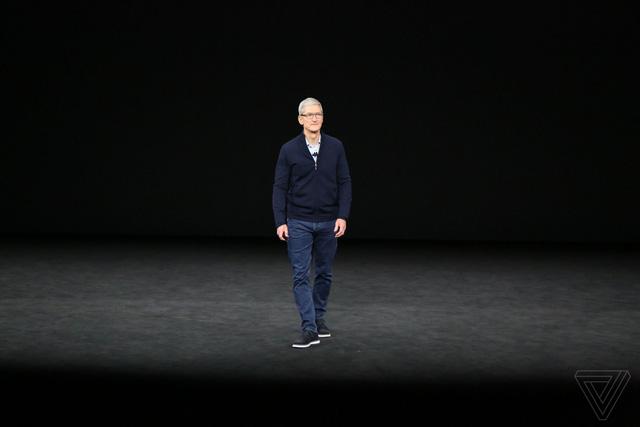 Tim Cook: Apple không cần là người đi đầu, Apple chỉ cần tạo ra sản phẩm tốt nhất - Ảnh 2.