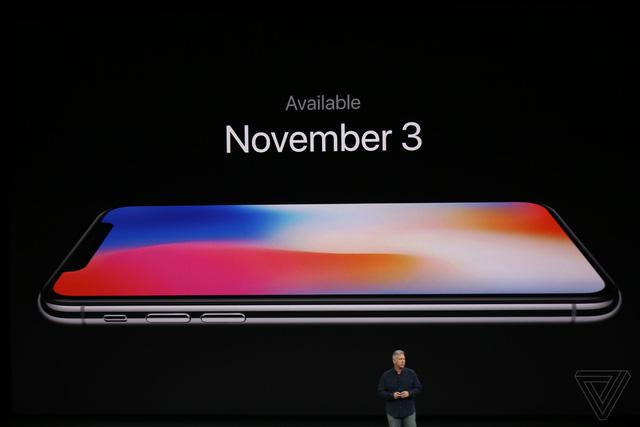 Ngó lơ hơn 1 tỷ đồng, ăn chực nằm chờ mua iPhone X - ảnh 2