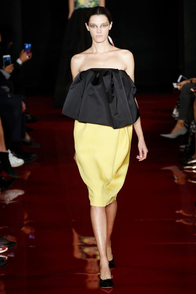 Thí sinh vồ ếch năm nào của Americas Next Top Model nay đầy quyến rũ ở Tuần lễ thời trang - Ảnh 10.