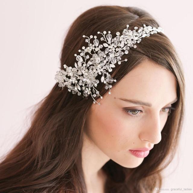 Phụ kiện cài tóc giúp cô dâu thêm tỏa sáng trong ngày cưới - Ảnh 8.