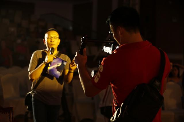 Nhà báo Lại Văn Sâm trở lại sân khấu Sao Mai sau 20 năm - Ảnh 4.