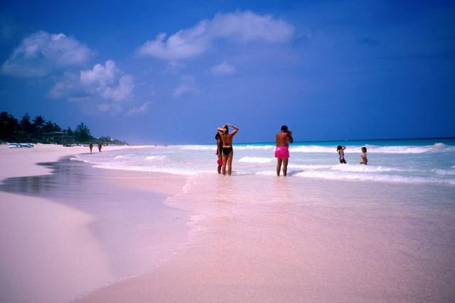 12 bờ biển lộng lẫy nhất thế giới bạn nhất định phải ghé thăm - Ảnh 3.